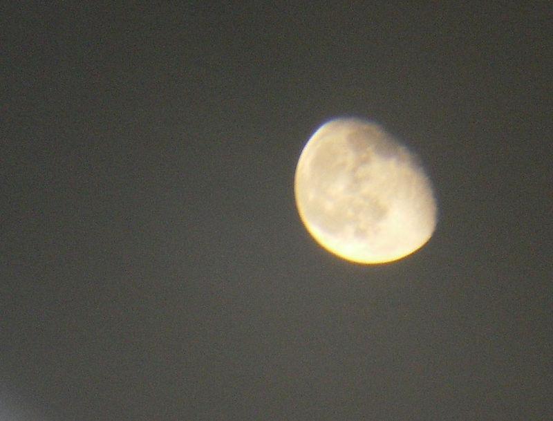 9_18_08_moon5