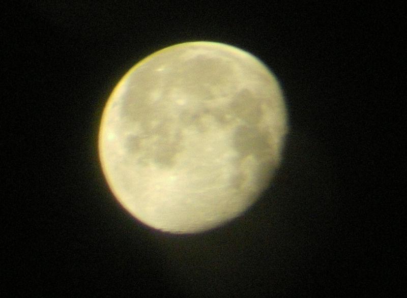 10_16_08_moon1
