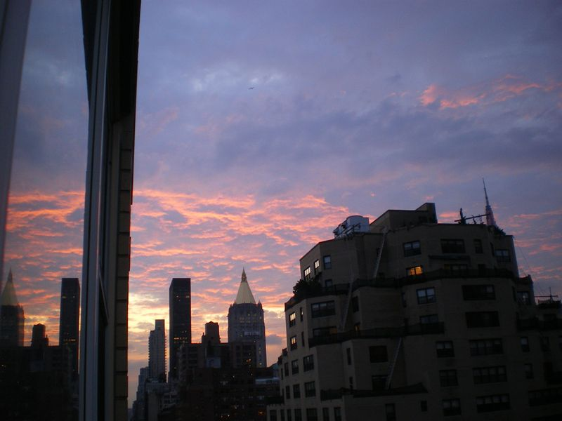 Pink_sky_and_reflection